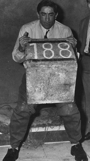 levantando piedra de 188