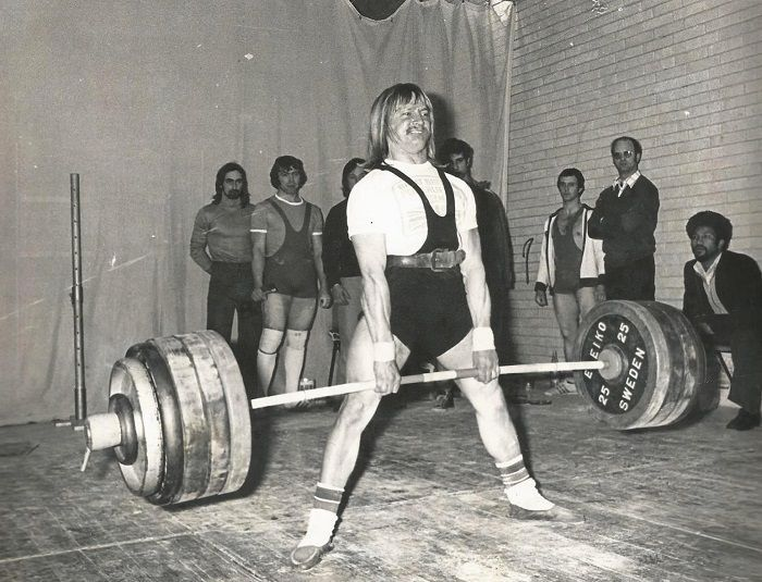 EDDIE PENGELLY record peso muerto powerlifting