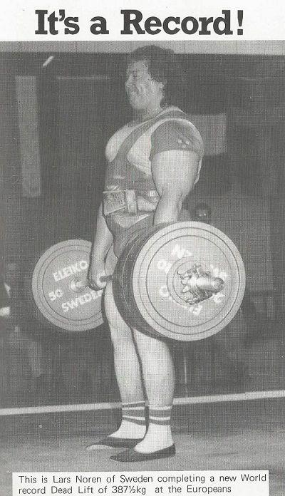 LARS NOREN levantando peso
